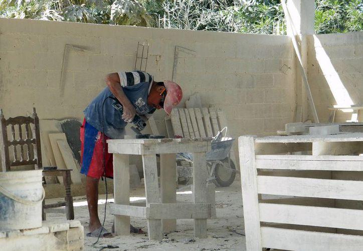 El 80 por ciento de la población de Dzityá se dedica a las artesanías. (Milenio Novedades)