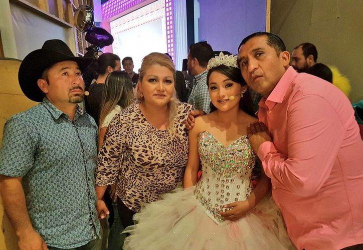 En los últimos días tanto Rubí Ibarra como Eduardo Arias, mejor conocido como #LadyWuuu, se han convertido en fenómenos virales en las redes sociales y medios de comunicación. (twitter.com/laloariaswuu)