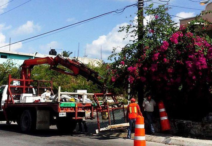 Continúan los trabajos de la Dirección de Obras Públicas. (Cortesía/SIPSE)