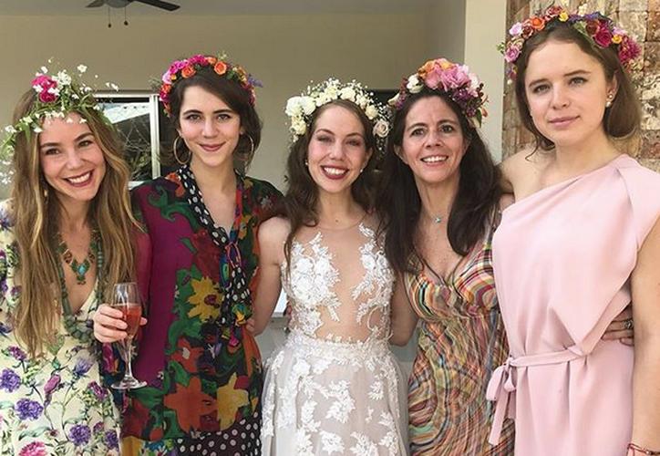 Este fin de semana se celebró la boda de Marina, hermana de Camila Sodi, en el Convento San Antonio de Padua, en Mérida. (SIPSE)