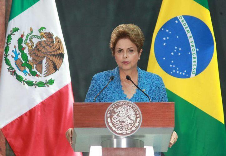Imagen de la presidenta de Brasil, Dilma Rousseff, durante la última visita de Estado que realizó en México, hace unos días. (Archivo/Notimex)