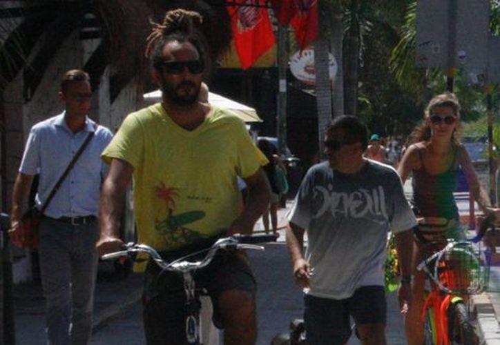 Buscan una convivencia con respeto entre ciclistas y peatones. (Octavio Martínez/SIPSE)