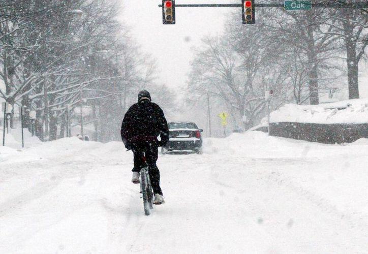 La región noreste de Estados Unidos apenas se recupera de una tormenta invernal y ya tiene encima otra. (Agencias)