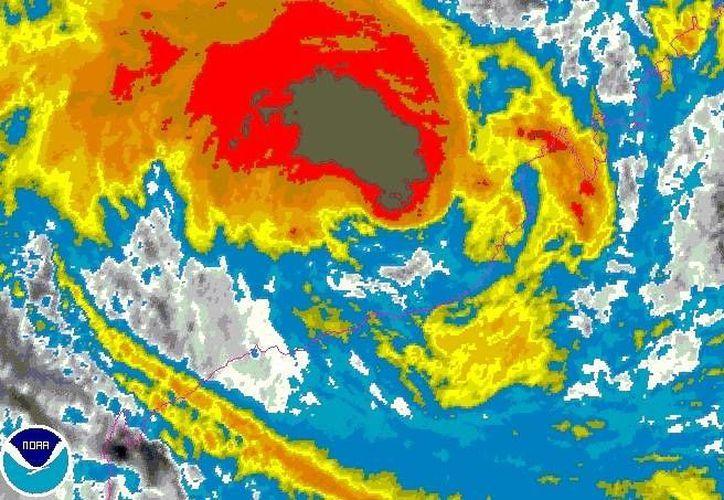 El meteoro entró a territorio firme con categoría 4 de una máxima de 5 en la escala australiana de ciclones. (tiempo.com)