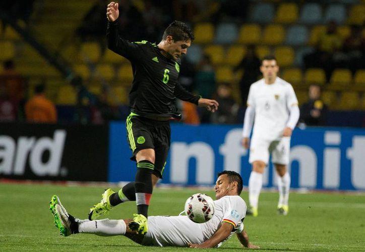 Javier Güémez, jugador del América (6), regresa a la selección mexicana en lugar de Gio dos Santos. (posta.com.mx)