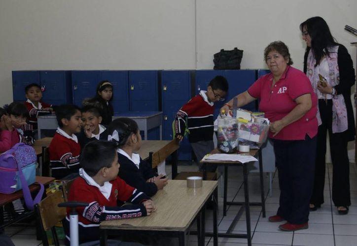 Este lunes, la SEP reportó que en Oaxaca cerraron 47 por ciento de las escuelas y en Chiapas 42 por ciento. (Notimex)