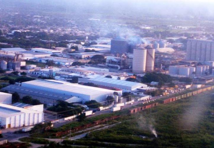 Según el presidente de Canacintra, Mario Can, el estado está llamado a convertirse en un polo de desarrollo industrial capaz de auxiliar en la creación de industrias diferentes a la petrolera. (Milenio Novedades)
