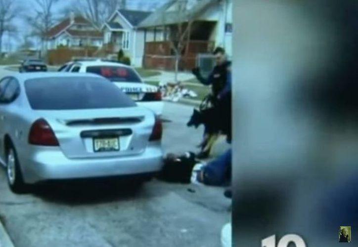 El video fue divulgado por la cadena de televisión NBC10 de Philadelphia. (Captura de pantalla/YouTube)