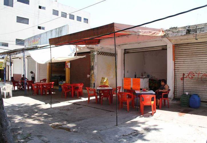 """El mercado """"La Pulga"""" se ubica en la Supermanzana 5. (Tomás Álvarez/SIPSE)"""