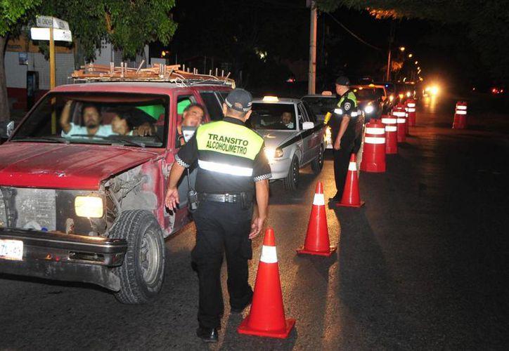 Durante el programa 'Conduce Sin Alcohol' se realizarón 76 pruebas. (Redacción/SIPSE)