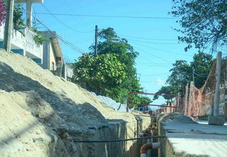 Eduardo Ic Sandy, gerente de CAPA, aseguró que este año se han invertido casi 70 millones de pesos para ampliar el servicio de agua potable. (Javier Ortiz/SIPSE)