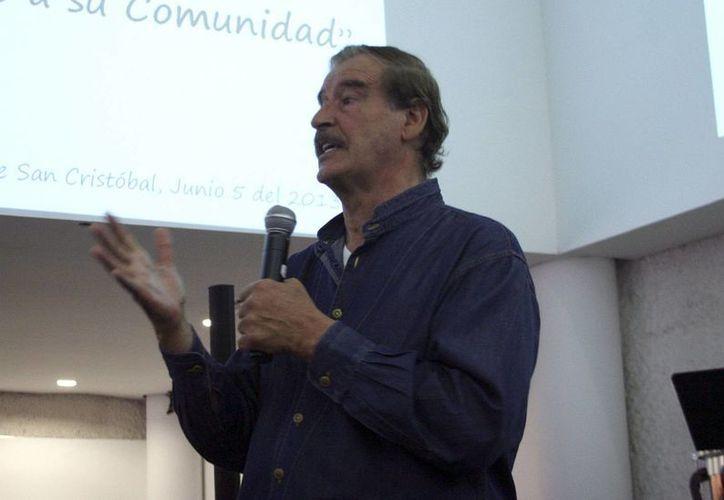 Vicente Fox presumió fue mejor presidente que Benito Juárez. (Archivo Notimex)