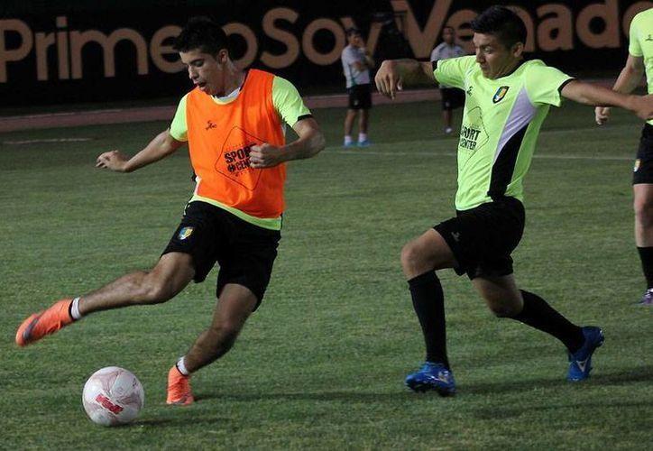 Venados FC Yucatán entrena con ímpetu con miras al Torneo Apertura 2016. (Milenio Novedades)