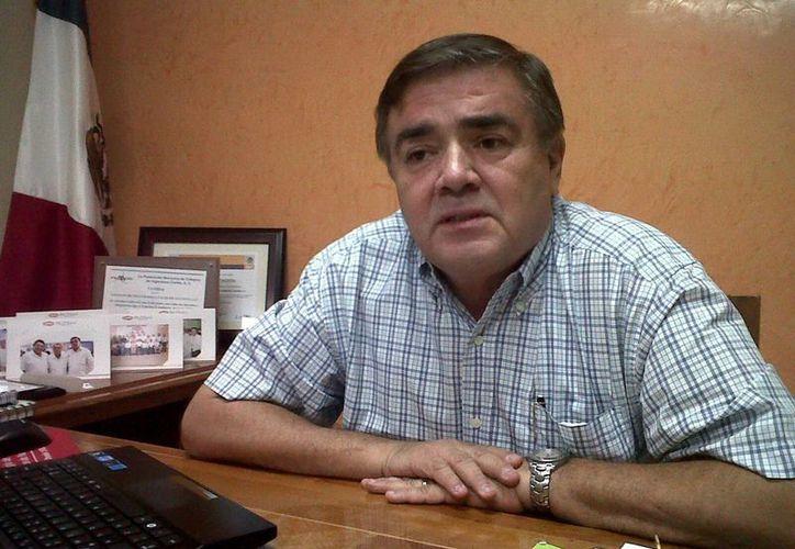 El presidente del Colegio de Ingenieros Civiles de Yucatán, Jorge Alfonso Arcila Arjona, no quiso analizar el desempeño de la Presidenta del Ipepac.