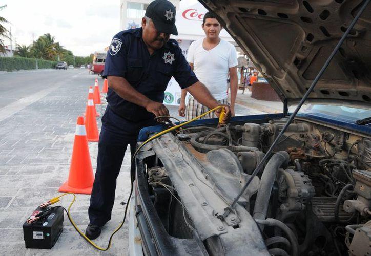 Quienes necesiten la asistencia de la patrulla, pueden obtenerla a través del número de emergencia. (Sergio Orozco/SIPSE)
