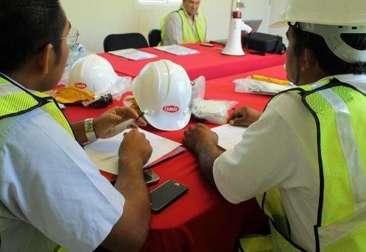 La industria de la construcción representa una opción para que los reos liberados consigan empleo. (cmicyucatan.com.org)
