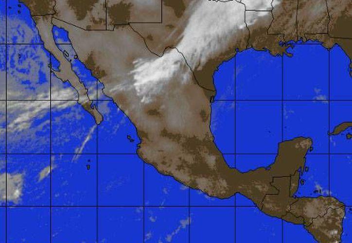 Prevalecerá el sistema de alta presión en el Golfo de México y en su circulación periférica impulsa aire marítimo tropical con poco contenido de humedad hacia la Península de Yucatán. (Foto/accuweather.com)