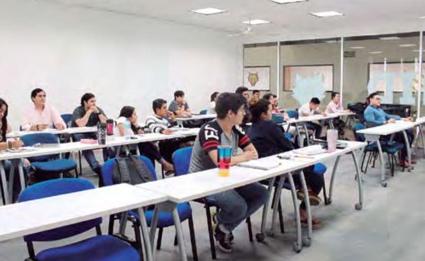 Las escuelas particulares atravesarán difíciles momentos en los próximos meses. (Novedades Yucatán)
