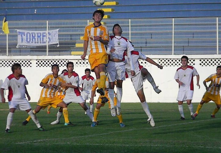 Pioneros es el equipo con la mejor ofensiva del grupo uno, con 11 anotaciones, por encima de Pumas Naucalpan, Cuautla y Titanes de Tulancingo. (Ángel Mazariego/SIPSE)