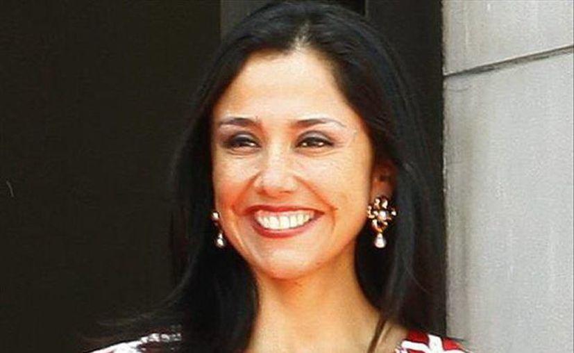 Pese a que Nadine Heredia ha negado su postulación en los comicios presidenciales de 2016, los sondeos la ubican entre las candidatas peruanas con mayor intención de voto. (EFE/Archivo)