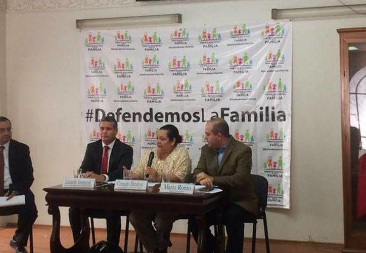El Frente Nacional por la Familia expresó su rechazo a la iniciativa de legalización del matrimonio entre homosexuales. (Excélsior)