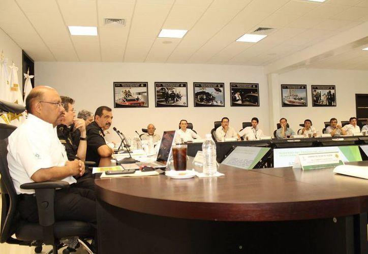 Ayer se realizó la IV sesión extraordinaria del Consejo Consultivo de Tránsito y Vialidad del Estado donde se analizaron 22 proyectos. (Milenio Novedades)