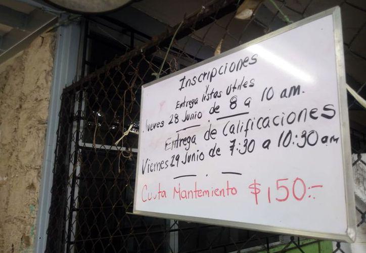 Numerosos padres de familia se quejan de cobros injustificados en escuelas. (Foto: José Acosta/ Milenio Novedades)
