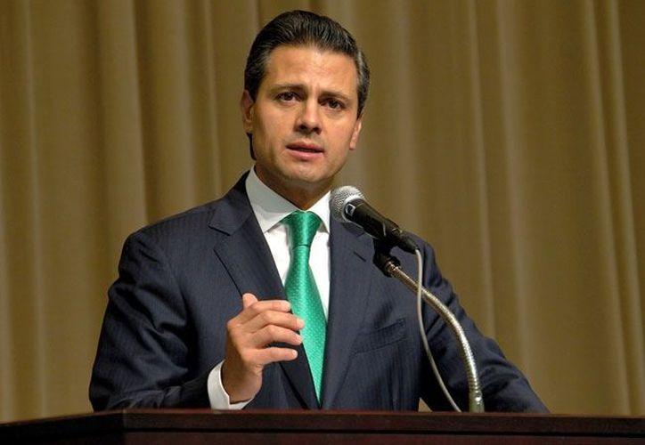 Peña reconoció la labor de los diputados por la aprobación de la iniciativa preferente para reformar la Ley General de Educación. (Contexto/Internet)