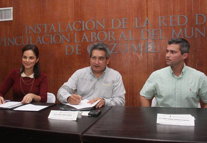 El municipio se suscribe a la Red con la Secretaría del Trabajo y Previsión Social. (Cortesía/SIPSE)