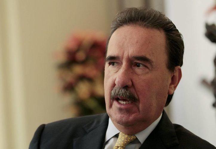 El presidente de la Jucopo da la bienvenida a Preciado como coordinador del PAN en el Senado. (Notimex)