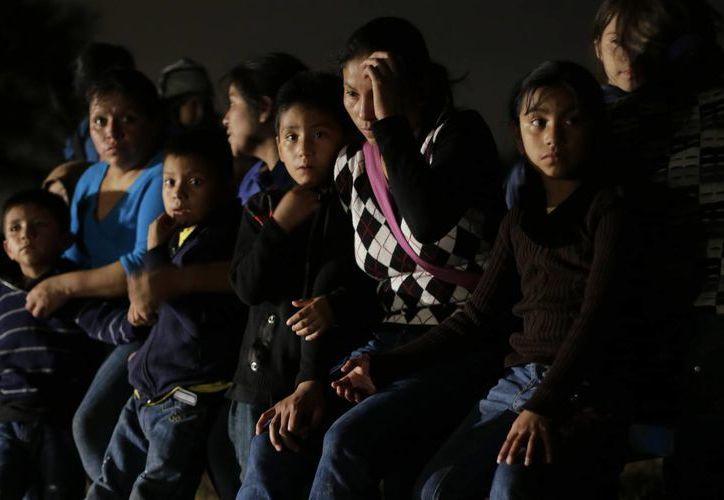 Estados Unidos enfrenta una grave crisis de menores centroamericanos que llegan de manera ilegal a su territorio. (AP)