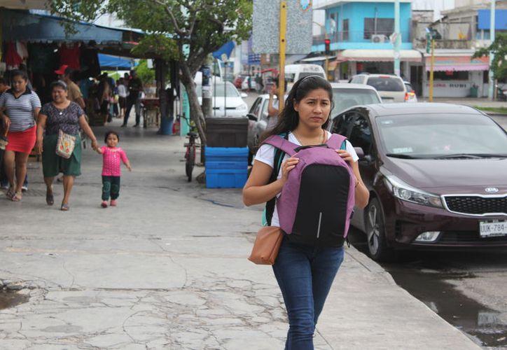 Autoridades de salud ofrecen atención a mujeres que han sufrido algún tipo de violencia. (Joel Zamora/SIPSE)