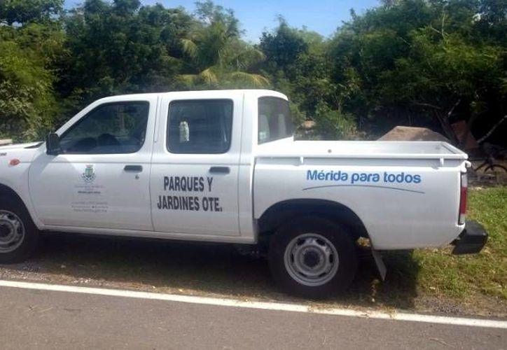 Este vehículo oficial del Ayuntamiento de Mérida fue utilizado con fines personales por un funcionario de Servicios Públicos de Oriente. (SIPSE)