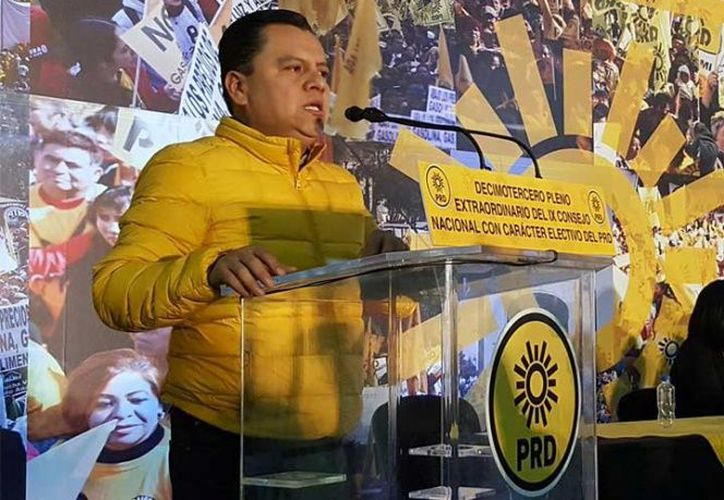 Granados inició el contacto formal con los dirigentes de las corrientes internas del PRD. (Foto: Excélsior)