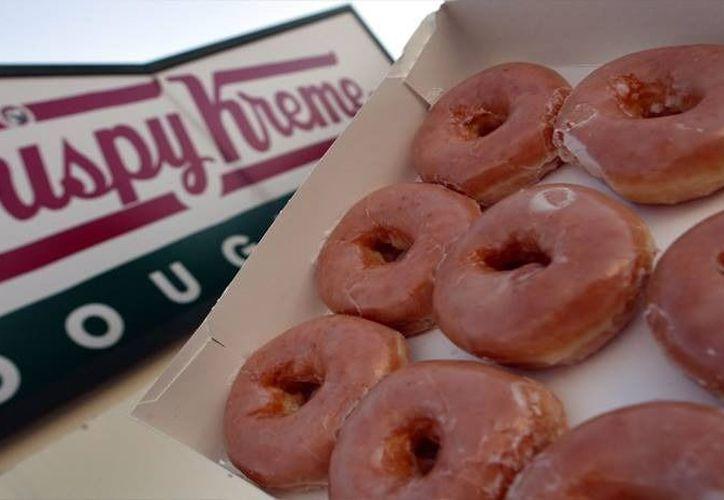 Imagen ilustrativa de las donas glaseadas de Krispy Kreme. (Intenet)