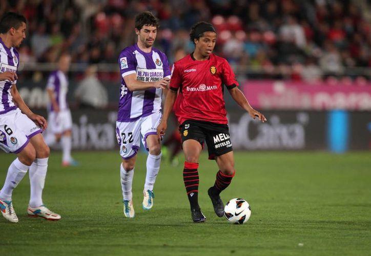 Tras el partido ante el Real Valladolid, Giovani vuela de España a EU para unirse al Tri. (rcdmallorca.es)