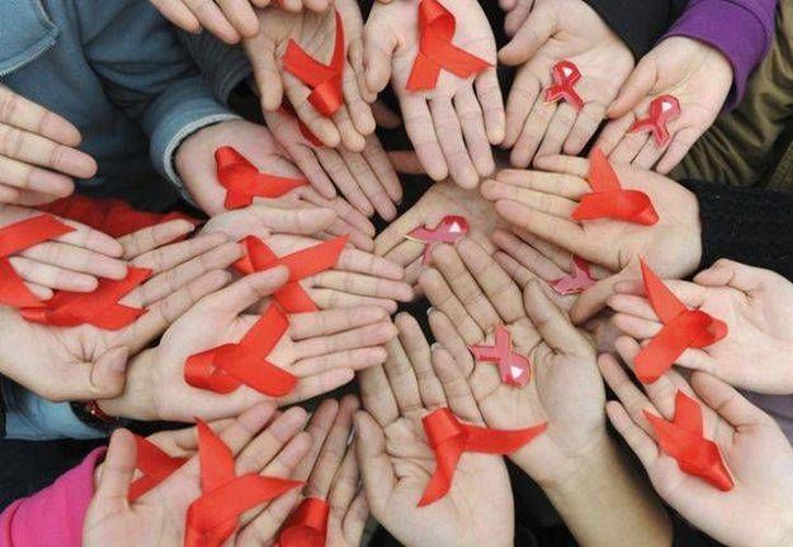 Actualmente atienden en el Capacits de Cancún a 828 personas con VIH, de los cuales, 187 son mujeres y 641 hombres. (Foto/Internet)