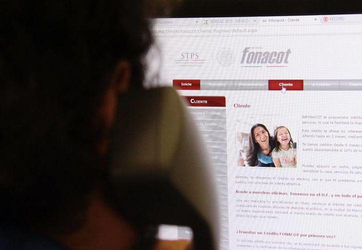Las dependencias federales aseguran que muchos de los reportes las reciben por teléfono, internet e incluso en las redes sociales. (Archivo/SIPSE)
