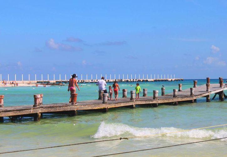 A raíz del aseguramiento del muelle Ultramar, quedaron canceladas las operaciones marítimas en el lugar. (Daniel Pacheco/SIPSE)
