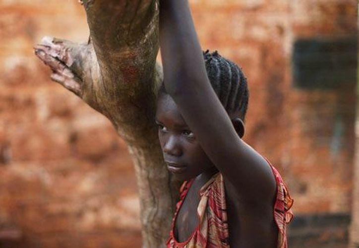 La mutilación genital es practicada principalmente en 28 países de Africa pero también existen evidencias de su práctica en Medio Oriente y Asia. (wordpress.com)