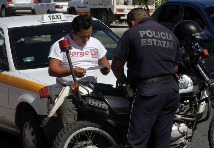 Actualmente la Dirección de Tránsito estatal es la encargada de aplicar multas y sanciones a los conductores de la ciudad. (Francisco Sansores/SIPSE)
