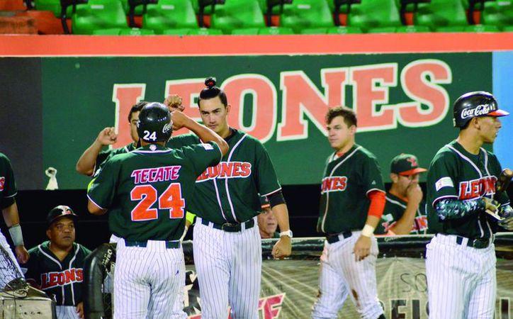 Leones de Yucatán se ubica en la primera posición de la competencia, con marca de 8 ganados y dos derrotas.(Milenio Novedades)