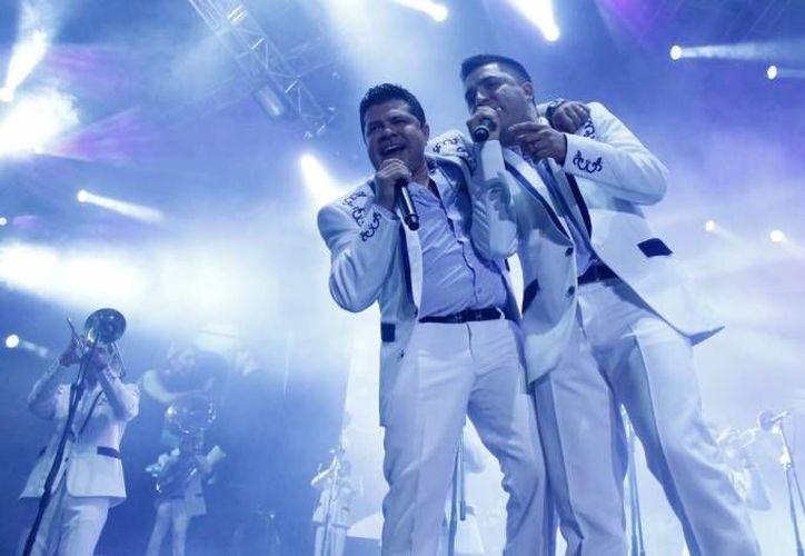 La agrupación originaria de Sinaloa, ha lanzado al mercado más de 20 discos. (Contexto/Milenio)