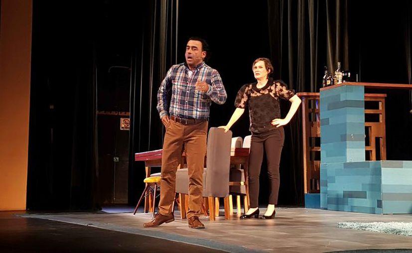 La puesta en escena se presentó en el Teatro de Cancún. (Jocelyn Díaz/SIPSE)