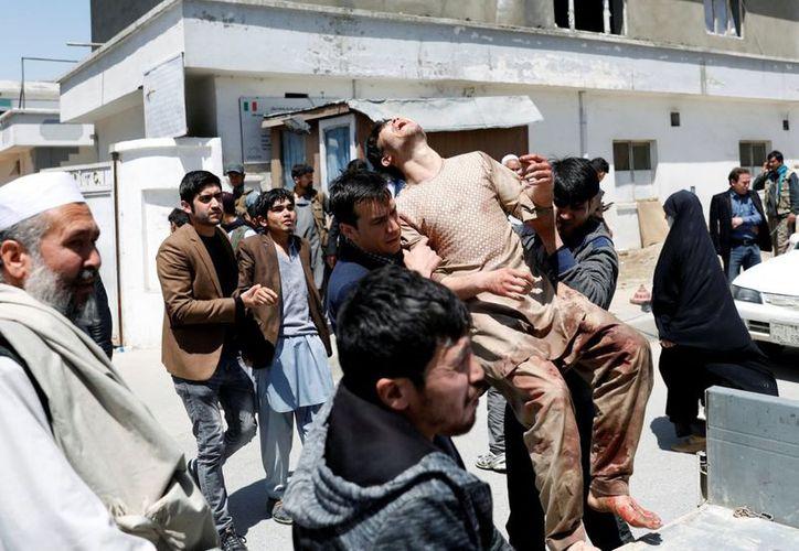 Los hechos ocurrieron durante una procesión para conmemorar aniversario de muerte de Ahmad Shah Massoud, considerado héroe nacional de Afganistán. (El País)