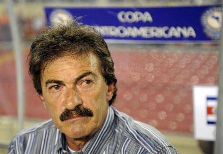 La imagen de Ricardo La Volpe es la más afectada con el escándalo, asegura el abogado Benigno Licea. (Archivo/SIPSE)