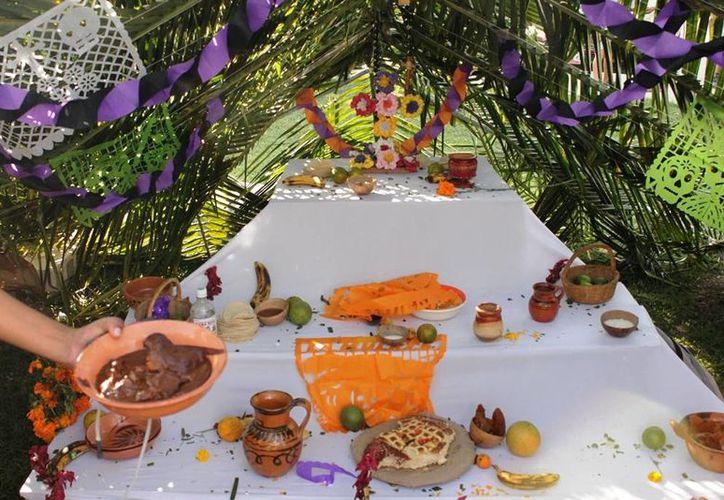 El objetivo es conservar la tradición del Hanal Pixan. (Edgardo Rodríguez/SIPSE)
