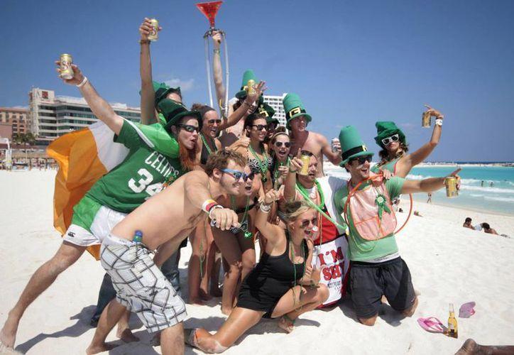 Durante el evento se realizarán fiestas temáticas durante la temporada springbreak. (Israel Leal/SIPSE)