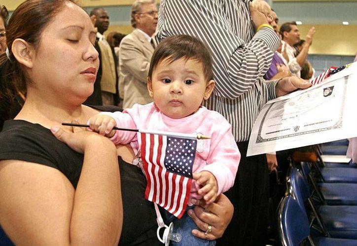 El acuerdo reduciría también el periodo de espera para ser un ciudadano naturalizado. (laconexionusa.com)