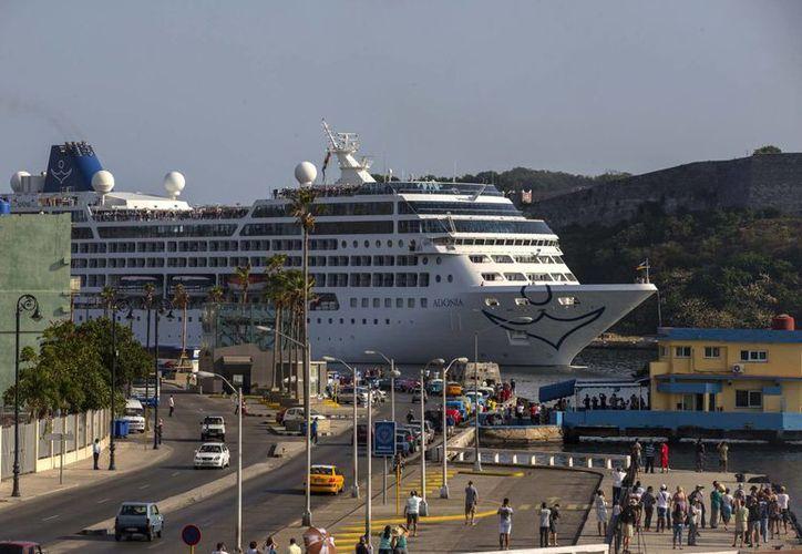 La llegada del crucero es posible gracias al deshielo en las relaciones diplomáticas entre Estados Unidos y Cuba. (Agencias)